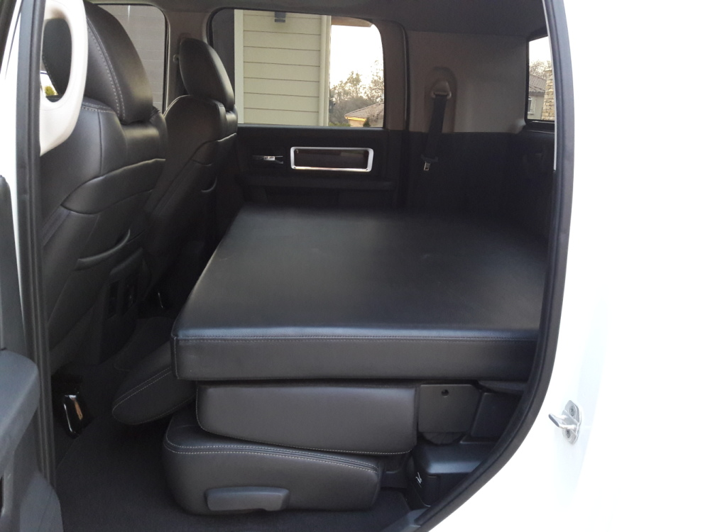 2012 Dodge Ram 3500 Mega Cab Long Bed Laramie 4X4 Dually ...