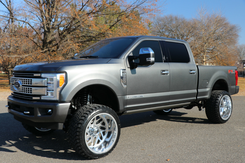 2017 Ford F 250 Platinum Only 7k Miles 24s On 35s Brand New Lifted