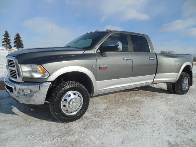 reduced 2012 dodge ram 3500 crew laramie drw cummins 4wd nav heat cooled seats new tires find. Black Bedroom Furniture Sets. Home Design Ideas